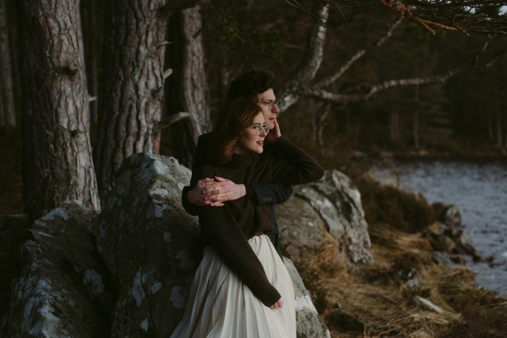 ELOPEMENT-PHOTOGRAPHER-SCOTLAND-LOCH-AN-EILEIN-350