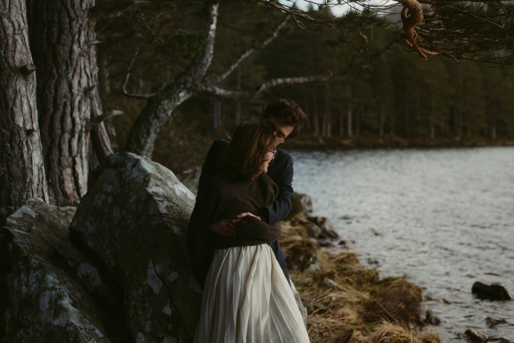 ELOPEMENT-PHOTOGRAPHER-SCOTLAND-LOCH-AN-EILEIN-366
