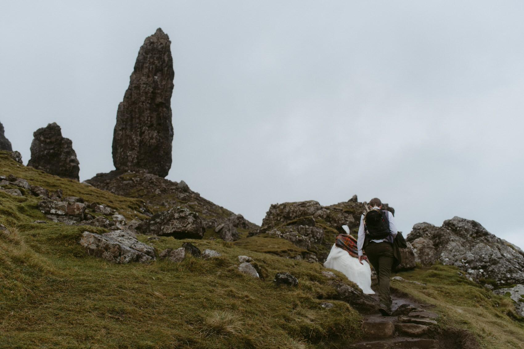 Old Man of Storr, isle of Skye Elopement-327